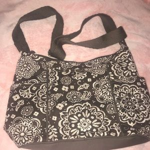 Thirty One Free To Be Carry All Woodblock Floral